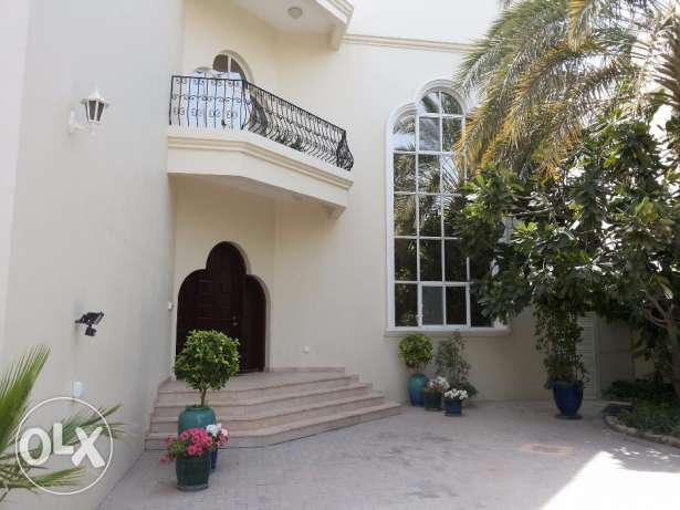 Luxury 5 bedroom villa with private swimming pool for rent at Janabiya