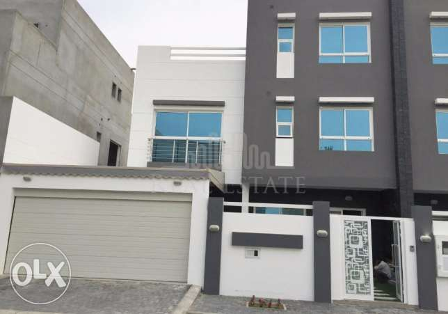 Brand New Attached Villa In Saar