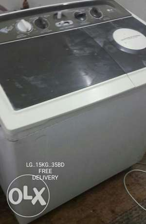 Washing machine for sale. . . Free delivery.
