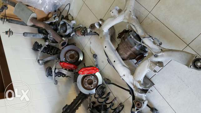 Infiniti g35 full interior and parts available الرفاع‎ -  3