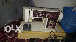 National sewing machine in good condition