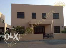 5 Bedroom semi furnished villa for rent with garden and pool
