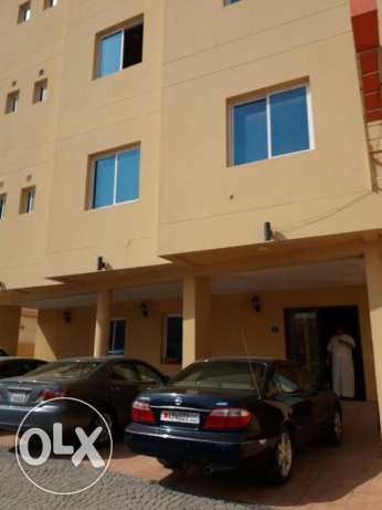 unfurnished 2 bedroom apartment in Janabiyah for 220