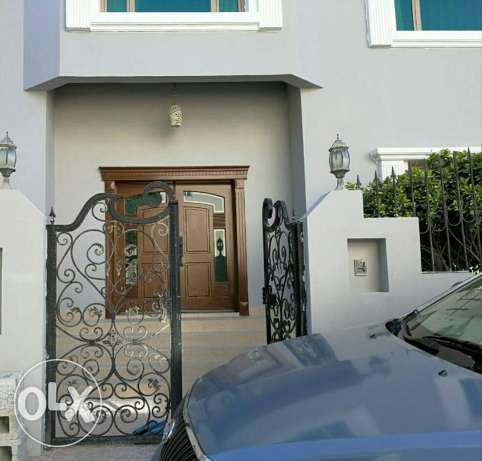 Tubli: 5 bedrooms fully furnished villa with swimming pool for rent