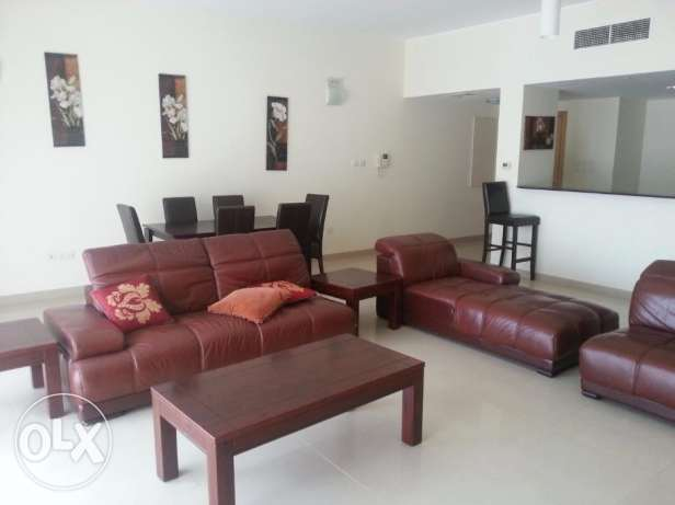 Luxurious 3 Bedrooms apartment with decant furniture full furnished