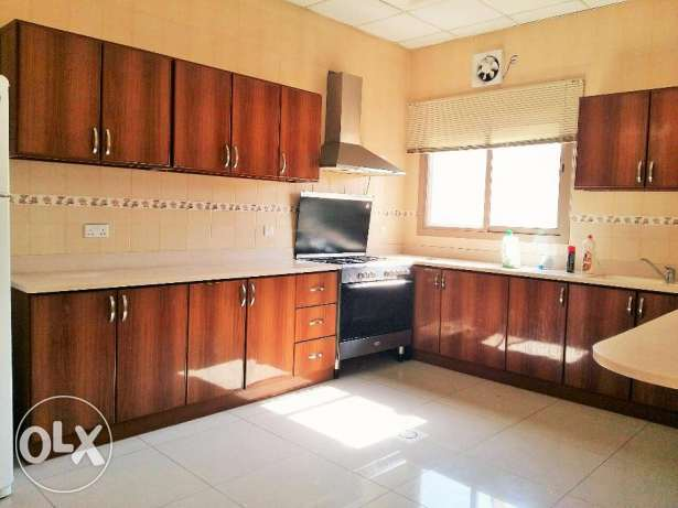 4 Bedroom Stunnig s/f Villa in Janabiyah