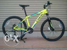 Trek 3700 D Yellow mountain bike size 19.5 (Negotiable)