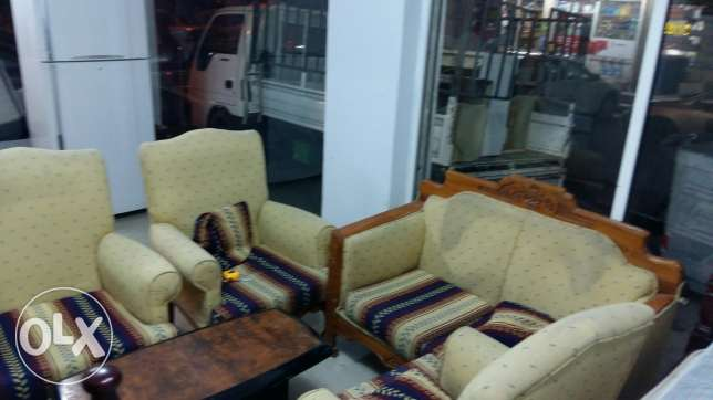 2+1+1+1+1 (6 seating ) seating sofa set for sale free delivery المنامة -  3