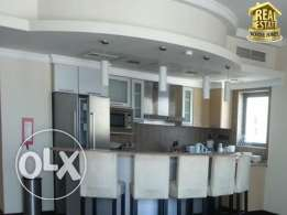 3 bed room Modern spacious excelent location in JUFFAIR