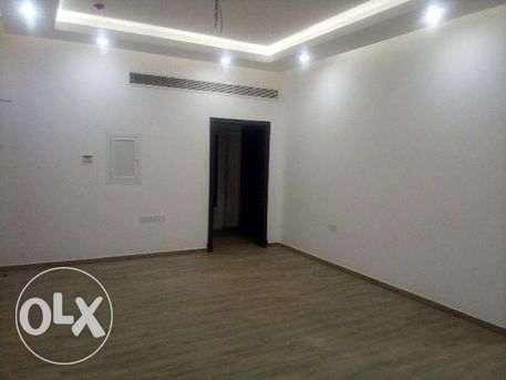 unfurnished flat for rent, centralized A/C near Al Reem Center
