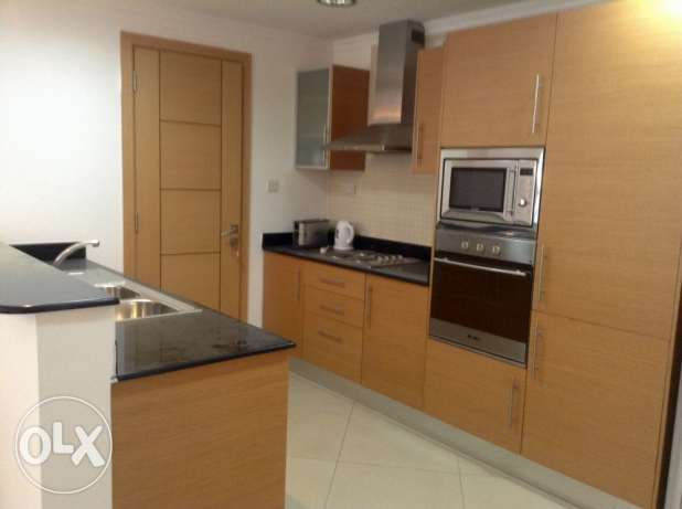 Amazing fully furnished 2 bedroom apartment for sale in Amwaj