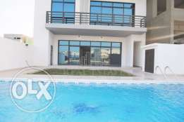 Spacious 3 storey villa in Amwaj