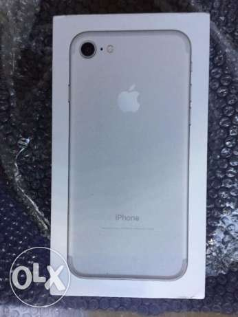 Apple iPhone 7 - 32GB - Silver for sale