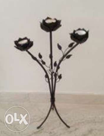 Very romantic tea light candles iron stand for your bathroom