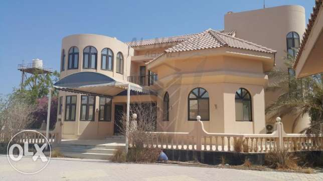 SUPER DELUXE Semi Furnished 5 Bedrooms Villa in SAAR for Rent