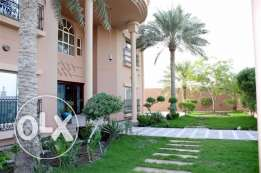 SRA61 5br SF private villa close to saar mall or saudi cause way