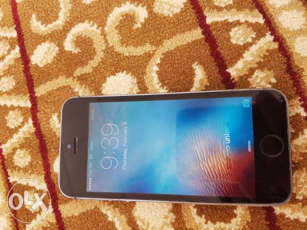 Vrey nice phon 5s mid condition