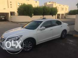 Honda accord V6 2012 Full option