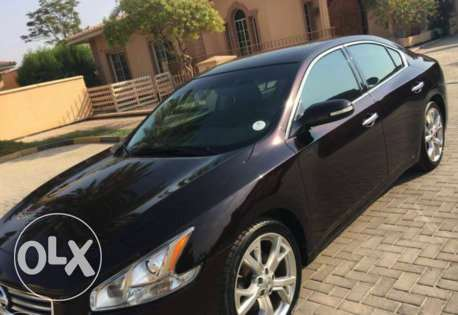 Lady driven Nissan Maxima 2012 excellent condition