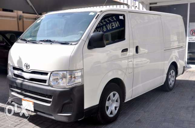 Toyota Hiace cargo van 2014 non accident for sale
