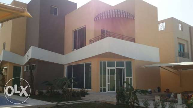 Luxury villa in hamad town for sale
