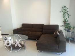 Beautiful 2 Bedrooms apartment with decent furniture fully furnished