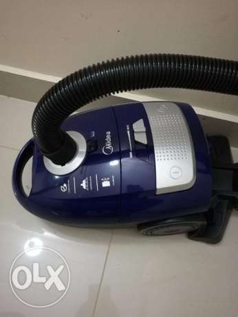 Vacuum Cleaner (recently bought) BD=12 1600v