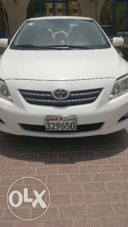 Toyota corrolla 1.8 XLI white color on sale by Expat