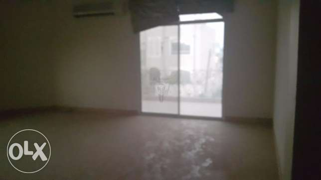STAND ALONE Semi Furnished 5 Bedrooms Villa in Saar سار -  5