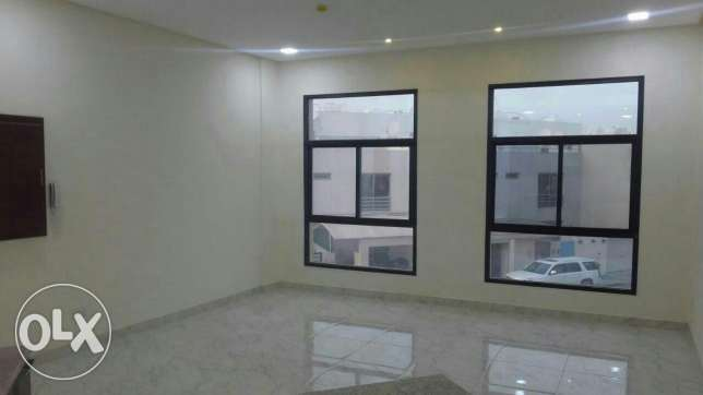 3 BR apartment in Janabiya