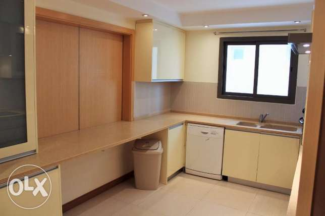 Beautiful - 2 bedroom flat fully furnished in Juffair
