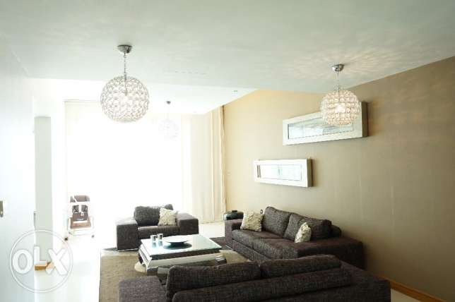 Elegantly furnished 4 BR luxury villa for sale beach side in Durrat الرفاع‎ -  6