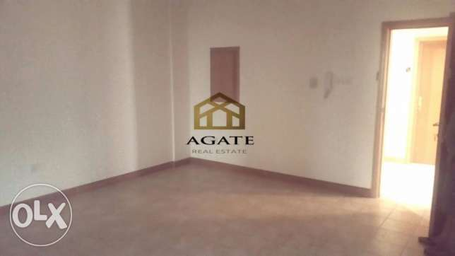Spacious Office for rent in Adlya.