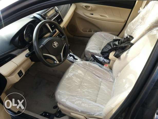 Toyota Yaris 2014 BHD 2950 excellent condition. Leaving Bahrain.Urgent