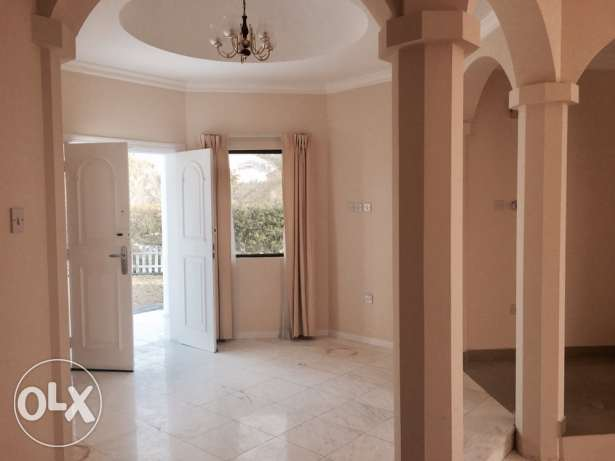 AMAZING 4 bedroom compound villa with private garden سار -  2