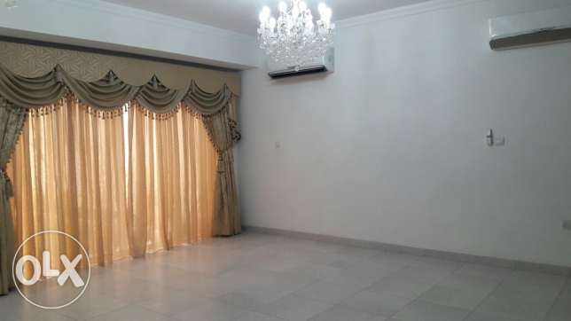 Tubli: 3 bedroom semi furnished villa for rent