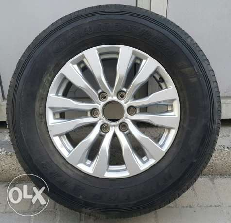 Dunlop tyre with alloy wheel for sale 18 inch nissan patrol