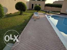 4 Bedroom semi furnished villa with large private garden/pool excluisv
