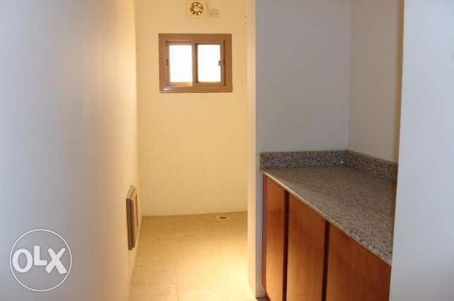 2 bedroom unfurnished apartment in New hidd/exclusive جفير -  2