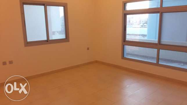 Spacious Semi 2 BR Apartment in Janabiya