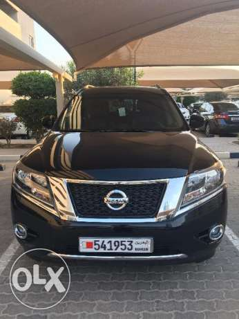 Nissan Pathfinder (SV) 2014 Black Color Leather Seating