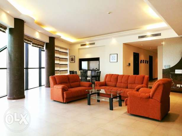 2 Bedrooms Extremely Spacious Apartment For Rent In Juffair.