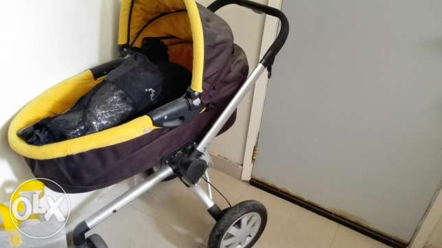 Stroller ,quinny brand with different accessories