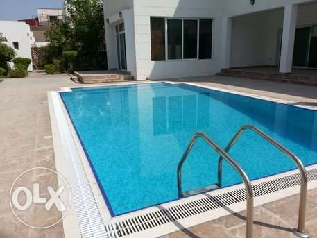 mdern villa with private pool close to Saudi causeway