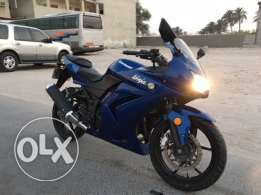 Motorbike Kawasaki Ninja 250 cc for sale in excellent condition