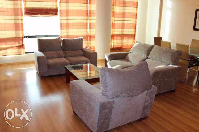 Flat for rent in Juffair f-furnished 2 bedroom