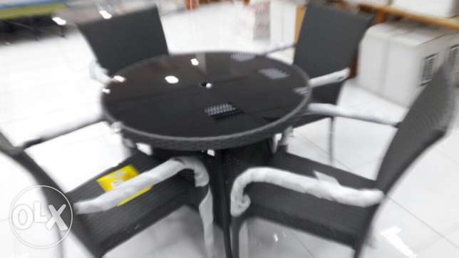 BH-24 Round Table+4 chair