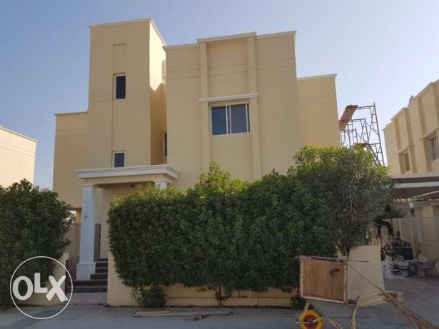 Beautiful 5 bedroom Fully Furnished Villa for rent at Saar
