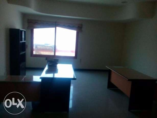 OFFICE FLAT-FURNISHED-3rooms,2bathrooms,hall,lift,kitchen,parking