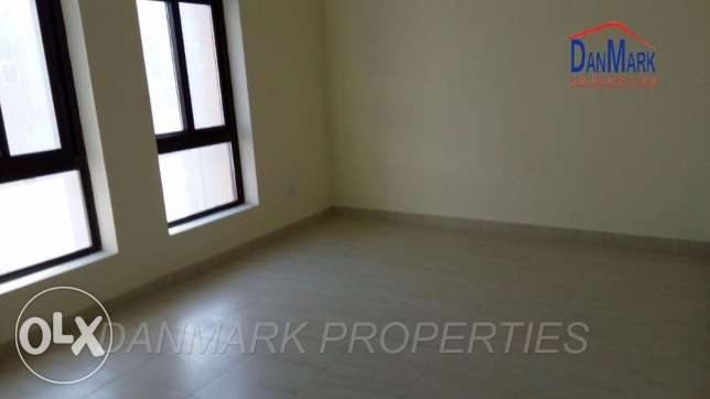 BD 400/ 3 Bedroom Semi Furnished Apartment for rent جانبية -  2